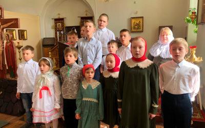В Никольском храме совершена «детская» Божественная литургия